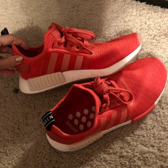 5a8eaa751c792 adidas Shoes - Like new Women s adidas NMD R1 color Red shows
